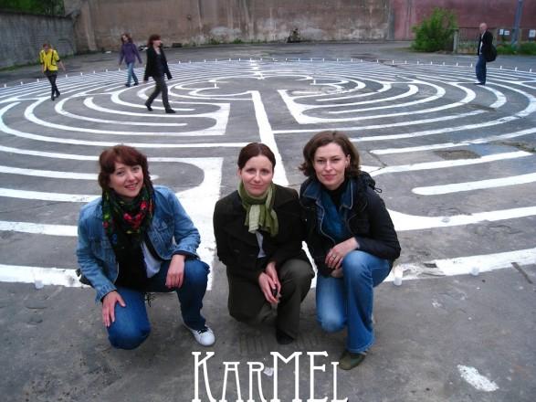 KarMEL i labirynt medytacyjny